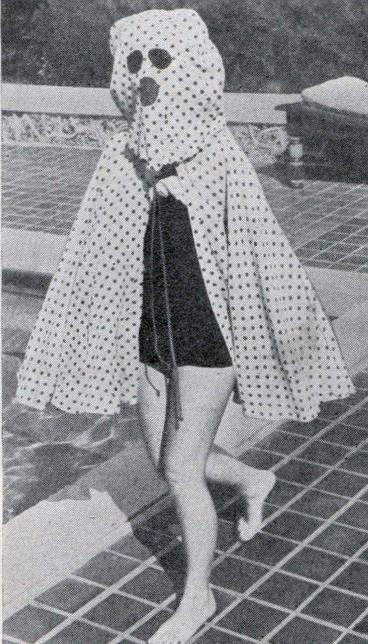 солнцезащитный костюм, Салон красоты начала 20 века
